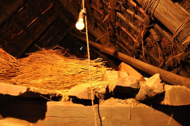 古民家再生DIY!築二百年目のリノベーション|屋根裏