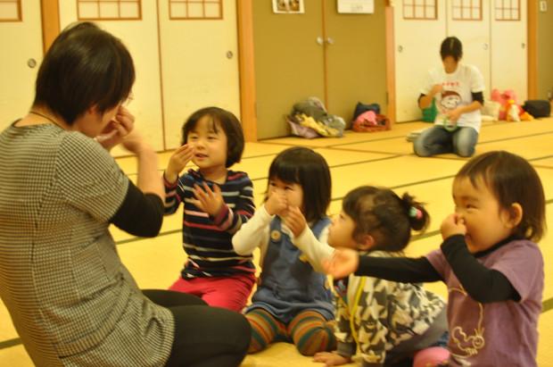 新免さん挨拶、くるみっこ、岡山、美作、梶並、自主保育、保育、幼稚園、子育て、自然、遊び