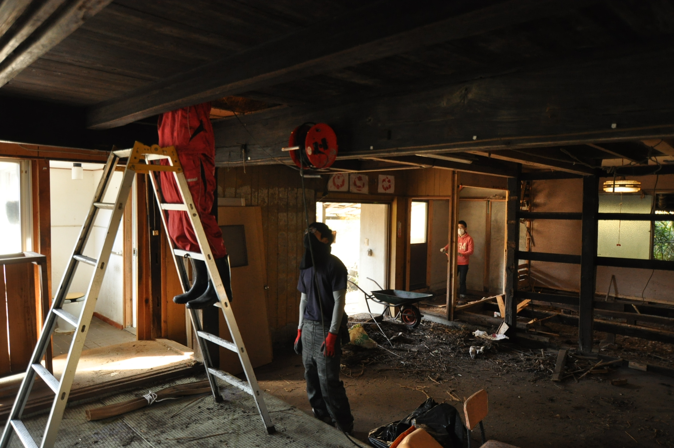 築200年の古民家、屋根裏は四次元の収納力!|古民家再生DIY|2階探索
